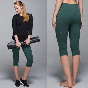 Lululemon In the Flow Crop II-Heathered Forest